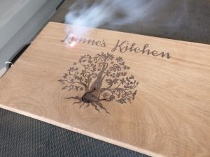 Lynne's kitchen - personalised chopping board